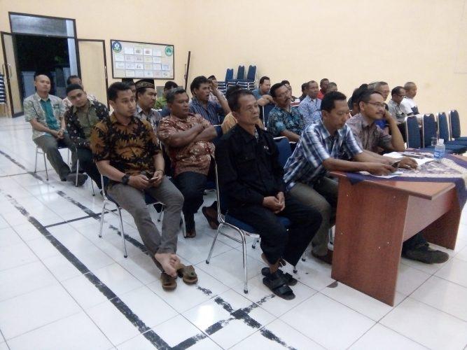 Pertemuan Rutin RT/ RW Kelurahan Ngegong