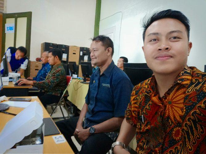 Pelatihan TIK Bagi admin PPID Pembantu SE - Kota Madiun di Universitas Widya Mandala Madiun.